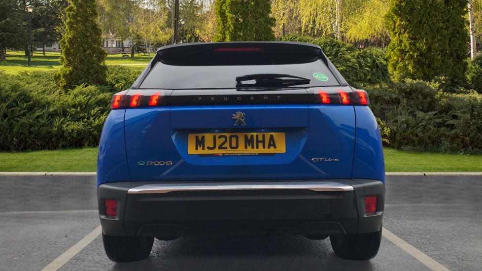 Peugeot 2008 SUV 100kW GT Line 50kWh image 6