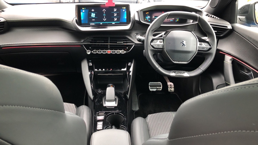 Peugeot 2008 SUV 100kW GT Line 50kWh image 9