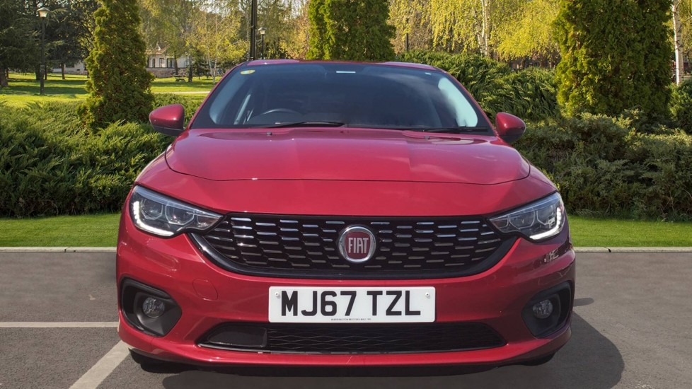 Fiat Tipo 1.4 Easy Plus 5dr - Multifunctional Steering Wheel, Cruise Control & Bluetooth image 7