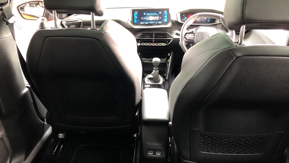 Peugeot 2008 SUV 1.5 BlueHDi GT Line 5dr image 9