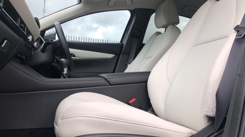 Mazda 3 2.0 Skyactiv-X MHEV GT Sport Tech 4dr image 3