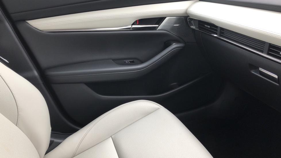 Mazda 3 2.0 Skyactiv-X MHEV GT Sport Tech 4dr image 34