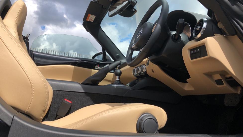 Mazda MX-5 1.5 [132] Sport 2dr image 16