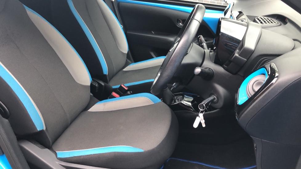 Toyota Aygo 1.0 VVT-i X-Cite 2 5dr image 26