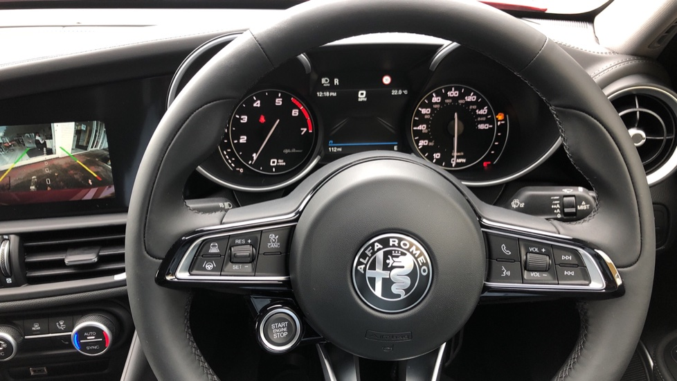 Alfa Romeo Giulia 2.0 TB Lusso Ti 4dr - Huge Saving From New List image 38