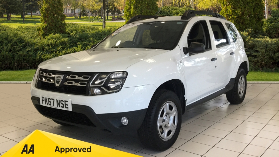 Dacia Duster 1.6 SCe 115 Ambiance 5dr Estate (2017) at Renault Bury thumbnail image
