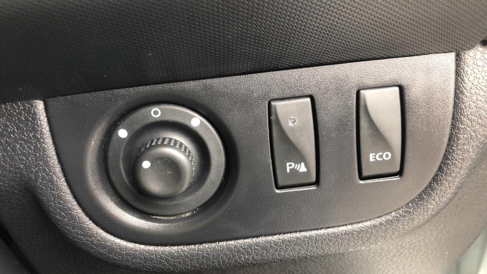 Dacia Sandero Stepway 0.9 TCe Laureate 5dr [Comfort Pack][Bluetooth] image 10