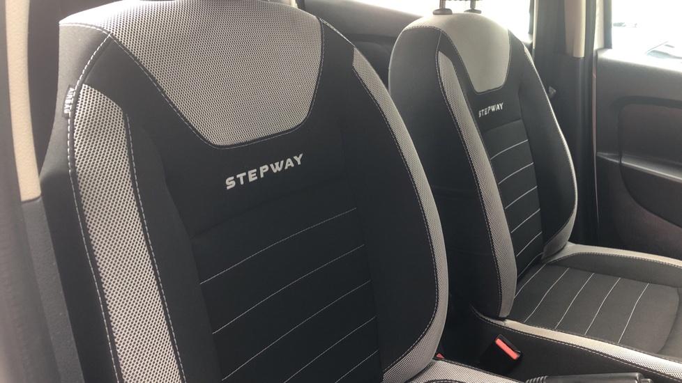 Dacia Sandero Stepway 0.9 TCe Laureate 5dr [Comfort Pack][Bluetooth] image 25