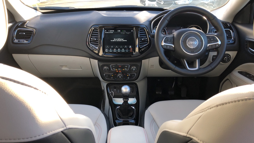 Jeep Compass 1.6 Multijet 120 Limited 5dr [2WD] image 9