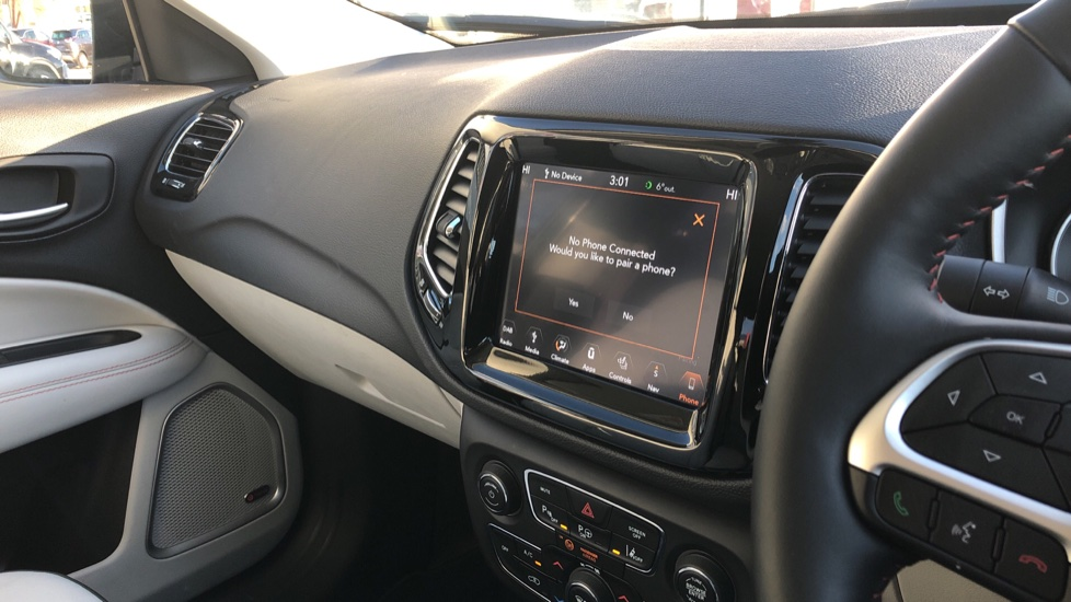 Jeep Compass 1.6 Multijet 120 Limited 5dr [2WD] image 35