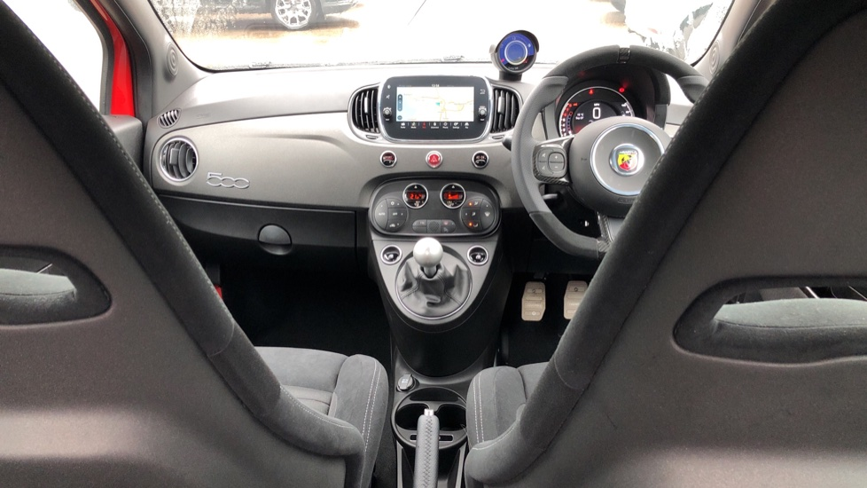 Abarth 595 1.4 T-Jet 180 Competizione 70th Anniversary SPECIAL EDITION image 9 thumbnail