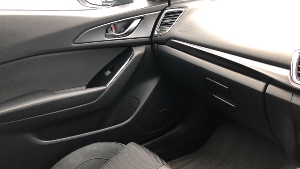Mazda 3 2.0 Sport Nav 5dr image 32