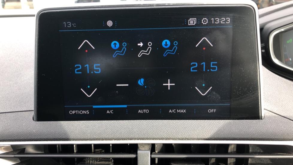 Peugeot 3008 1.6 BlueHDi 120 Allure 5dr image 16