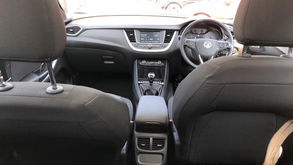 Vauxhall Grandland X 1.5 Turbo D SE 5dr image 9