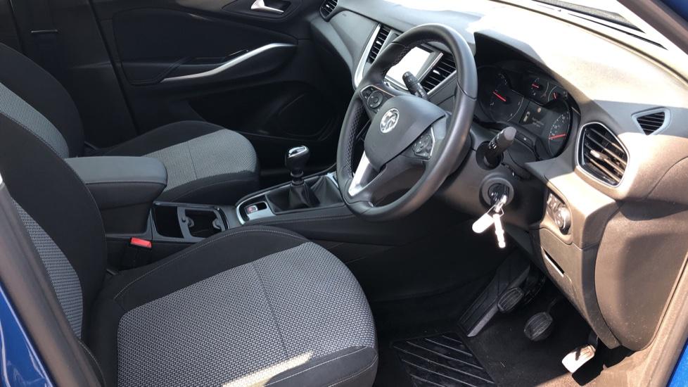 Vauxhall Grandland X 1.5 Turbo D SE 5dr image 11