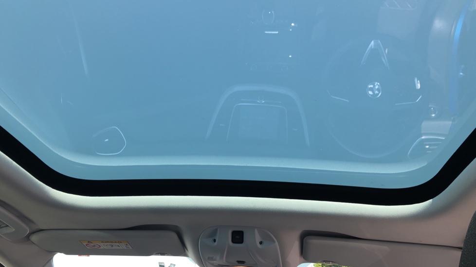 Vauxhall Grandland X 1.5 Turbo D SE 5dr image 14