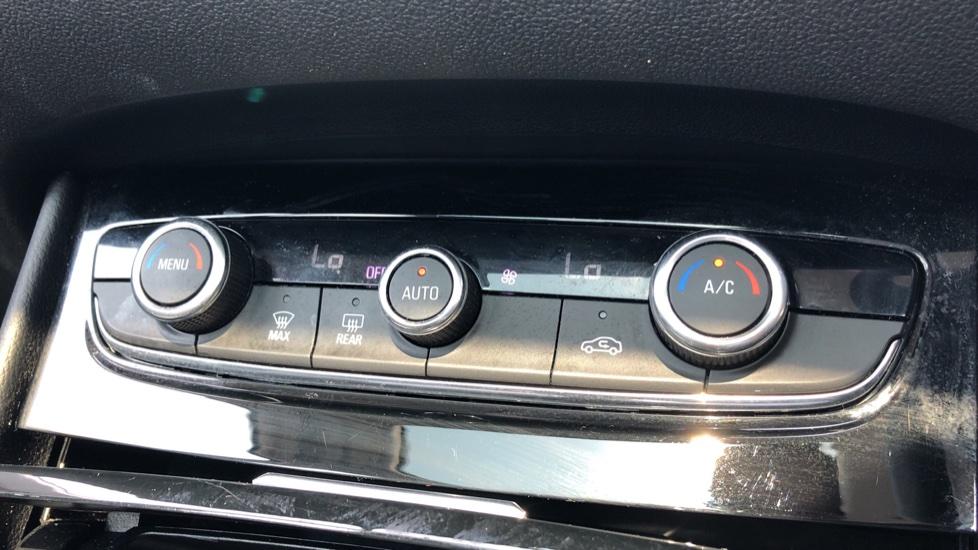 Vauxhall Grandland X 1.5 Turbo D SE 5dr image 21