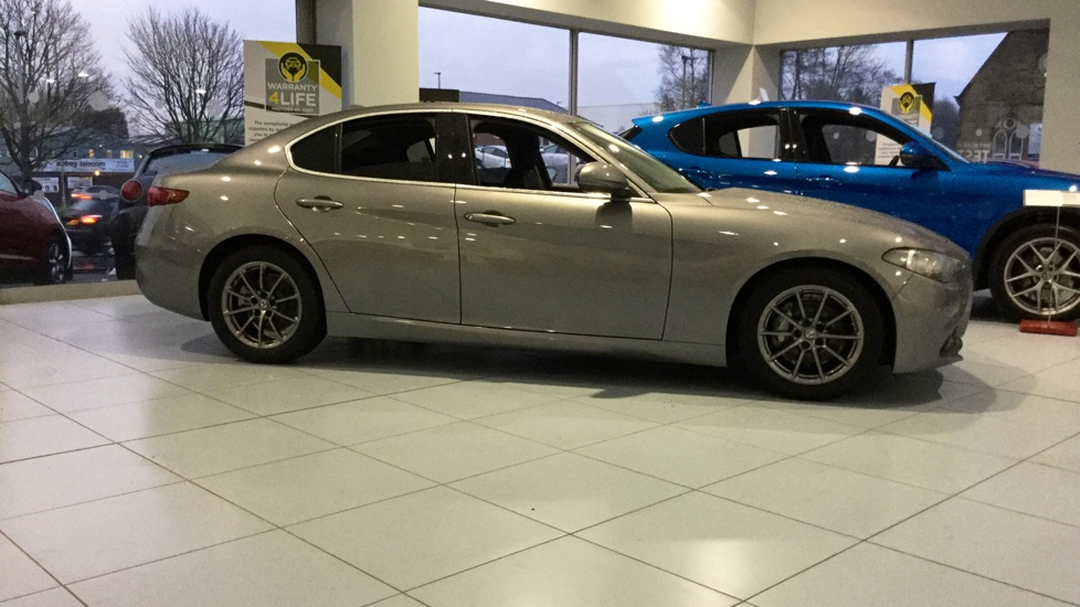 Alfa Romeo Giulia 2.2 JTDM-2 Tecnica with Low Mileage and Excellent Saving image 12
