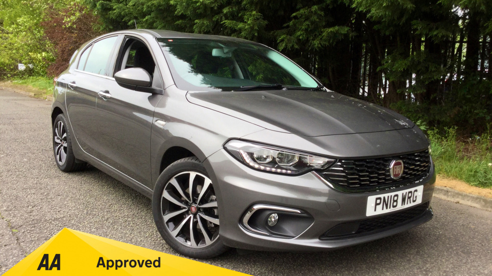 Fiat Tipo 1.6 Multijet Lounge 5dr with Satellite Navigation, Reverse Camera & DAB Radio Diesel Hatchback (2018) image