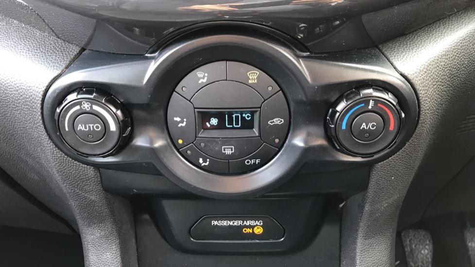 Ford EcoSport 1.5 TDCi Titanium [X Pack] image 16