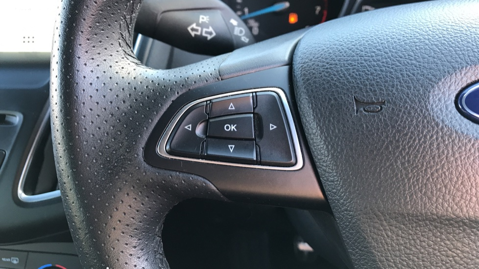 Ford Focus 1.0 EcoBoost 125 ST-Line 5dr image 18
