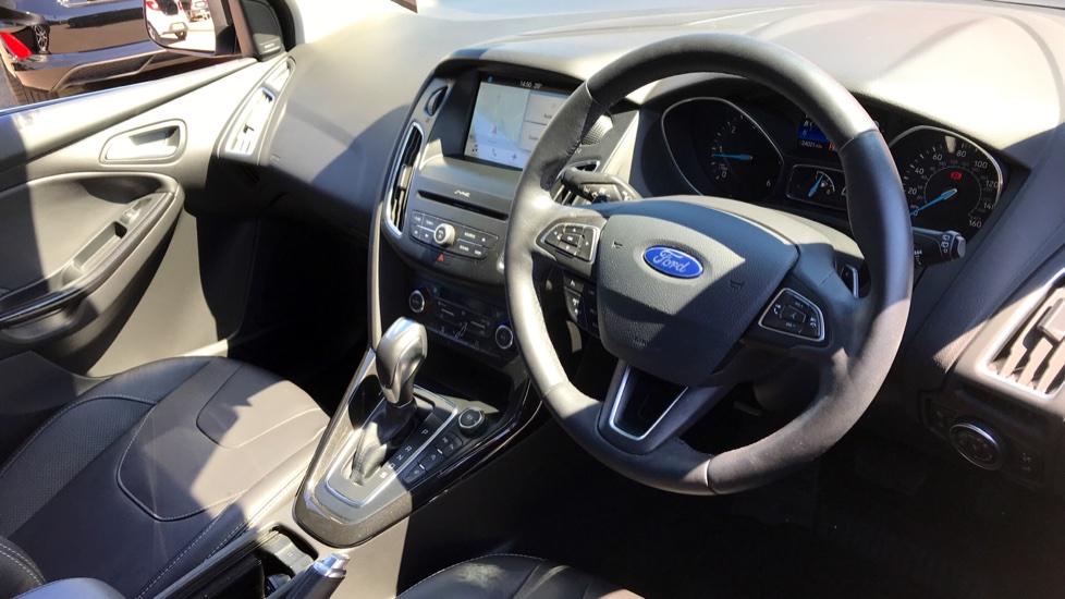 Ford Focus 2.0 TDCi Titanium [Nav] Powershift image 10