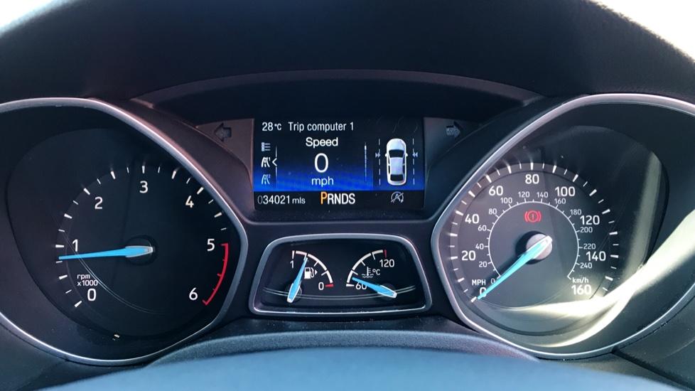 Ford Focus 2.0 TDCi Titanium [Nav] Powershift image 12