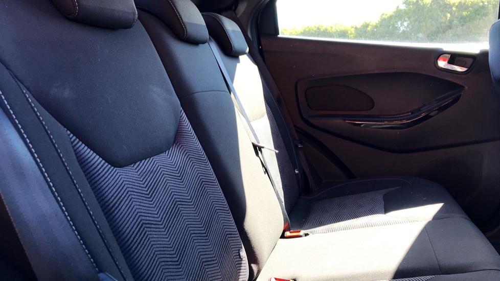 Ford KA Plus 1.2 85 Zetec 5dr image 9
