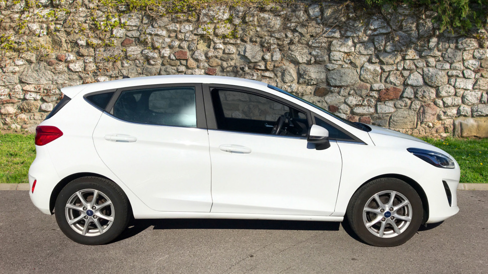 Ford Fiesta 1.0 EcoBoost Zetec 5dr image 4 thumbnail