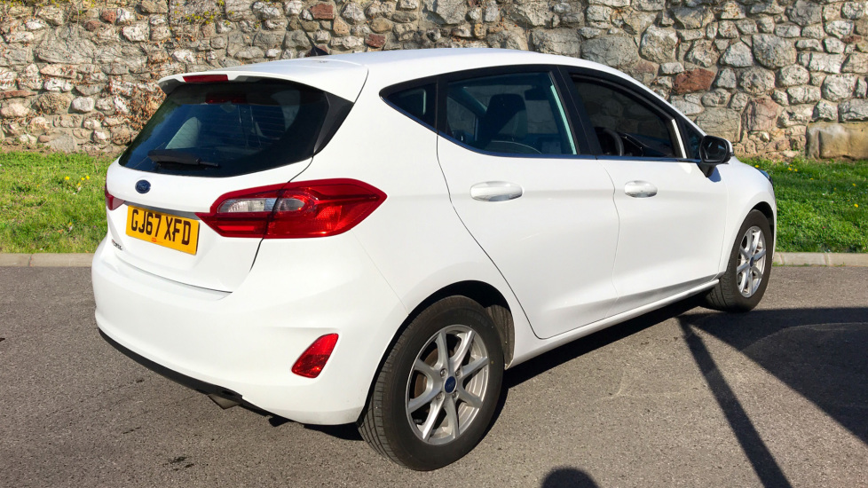 Ford Fiesta 1.0 EcoBoost Zetec 5dr image 5 thumbnail
