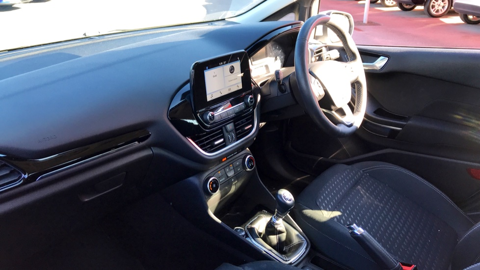 Ford Fiesta 1.0 EcoBoost Zetec 5dr image 11 thumbnail