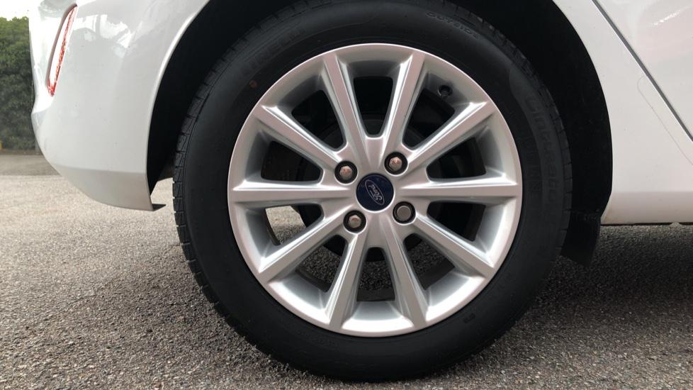 Ford Fiesta 1.0 EcoBoost Titanium 5dr image 8