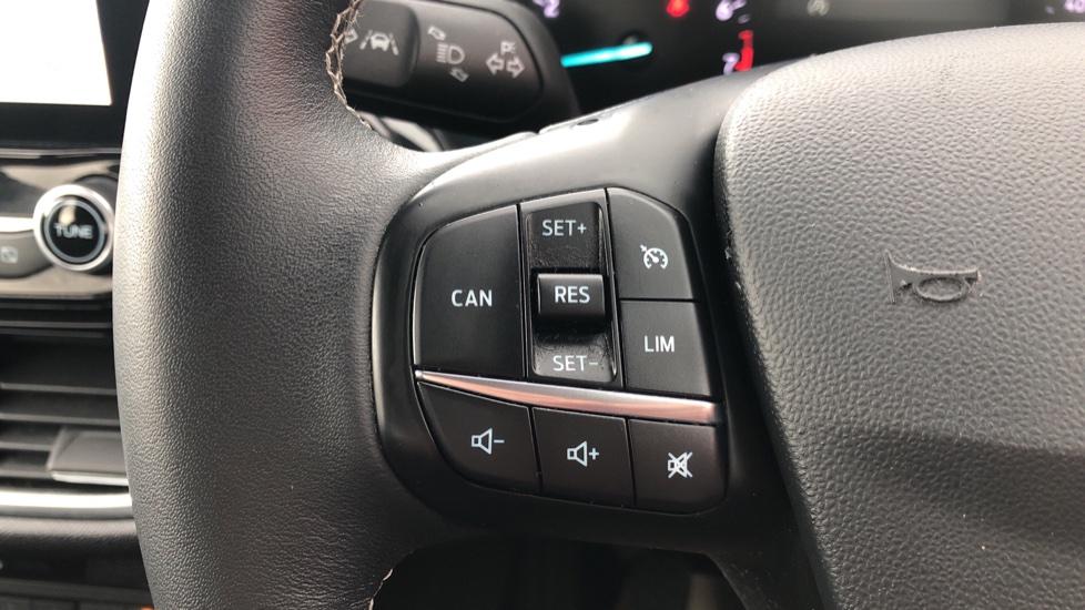 Ford Fiesta 1.0 EcoBoost Titanium 5dr image 18