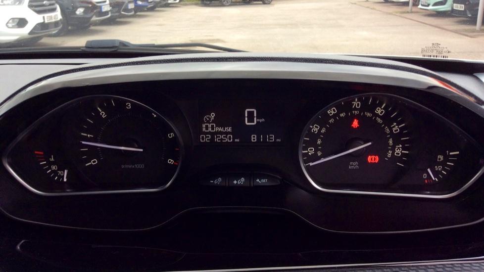 Peugeot 208 1.6 BlueHDi 100 Allure 5dr image 12