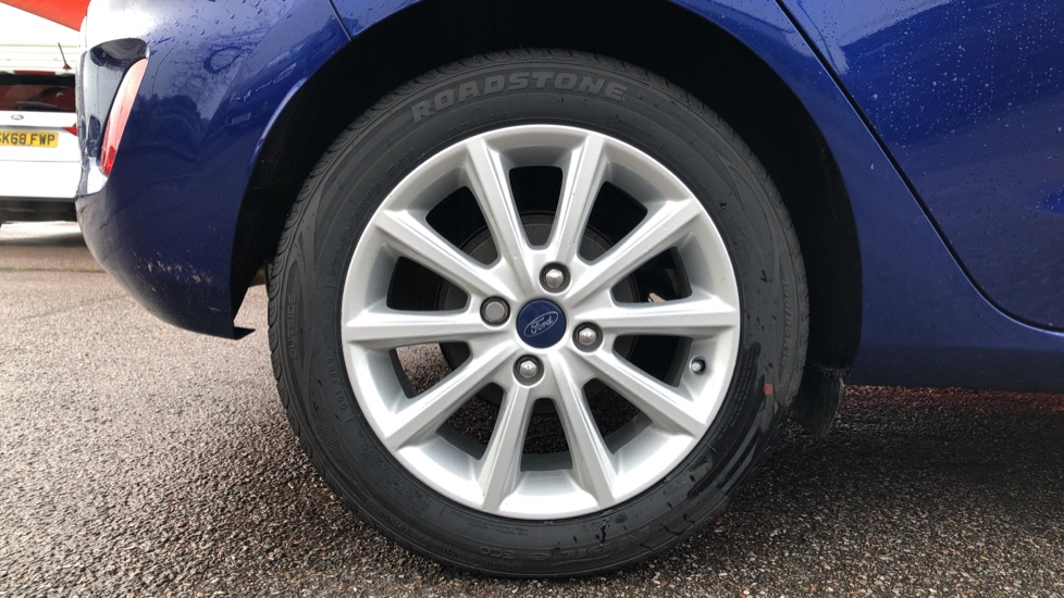 Ford Fiesta 1.0 EcoBoost Titanium 5dr image 8 thumbnail
