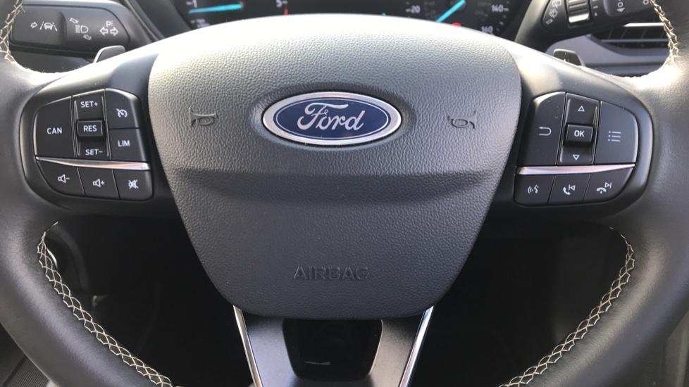 Ford Focus 2.0 EcoBlue Vignale 5dr image 18