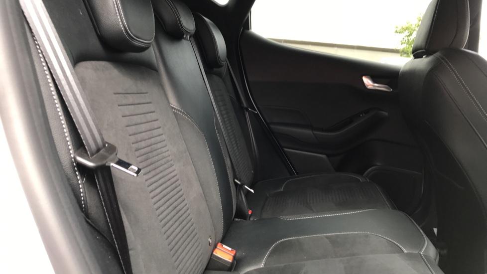 Ford Fiesta 1.5 EcoBoost ST-3 5dr image 9