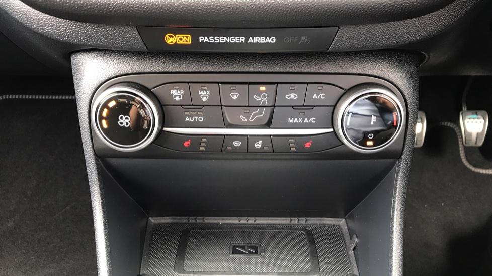Ford Fiesta 1.5 EcoBoost ST-3 5dr image 16