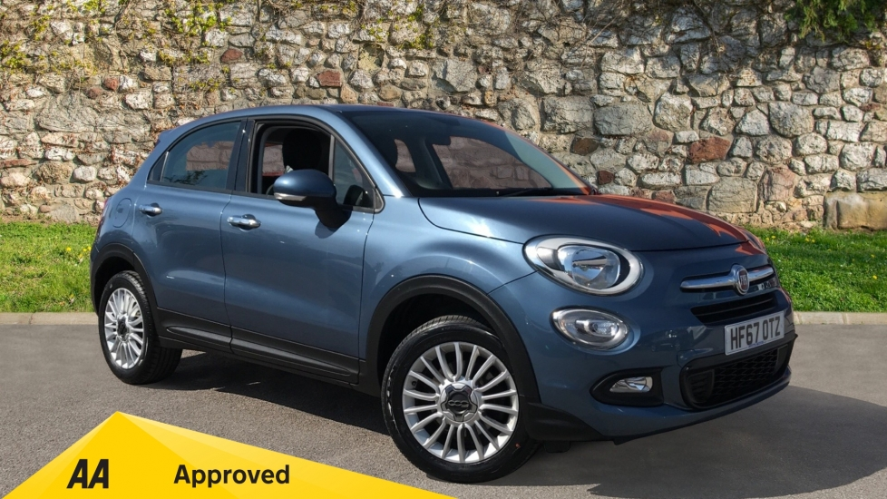 Fiat 500X 1.6 E-torQ Pop Star 5dr with Rear Parking Sensors and Air Conditoning Hatchback (2017)