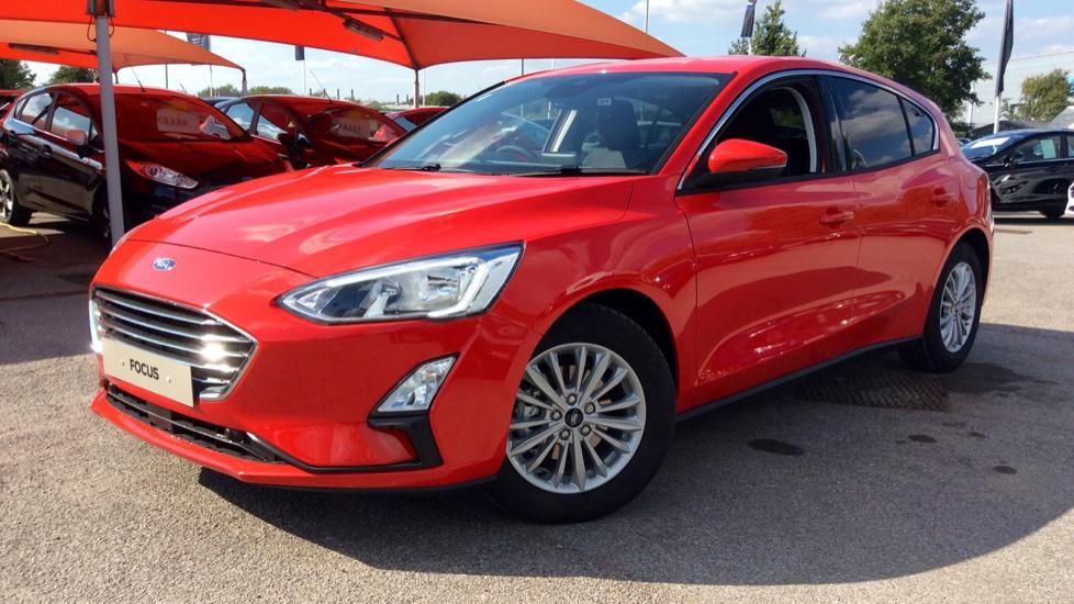 Ford Focus 1.0 EcoBoost 125 Titanium [Nav] 5dr image 3