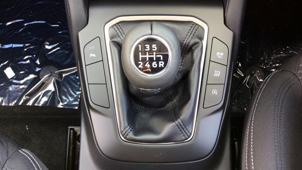 Ford Focus 1.0 EcoBoost 125 Titanium [Nav] 5dr image 15