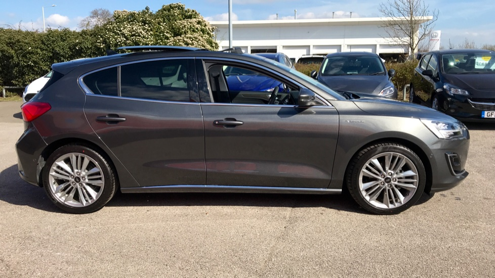 Ford Focus Vignale 1.0 EcoBoost 125 5dr Auto image 4