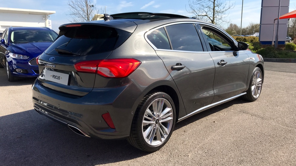 Ford Focus Vignale 1.0 EcoBoost 125 5dr Auto image 5