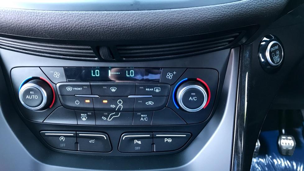 Ford Kuga 1.5 TDCi ST-Line 2WD image 14