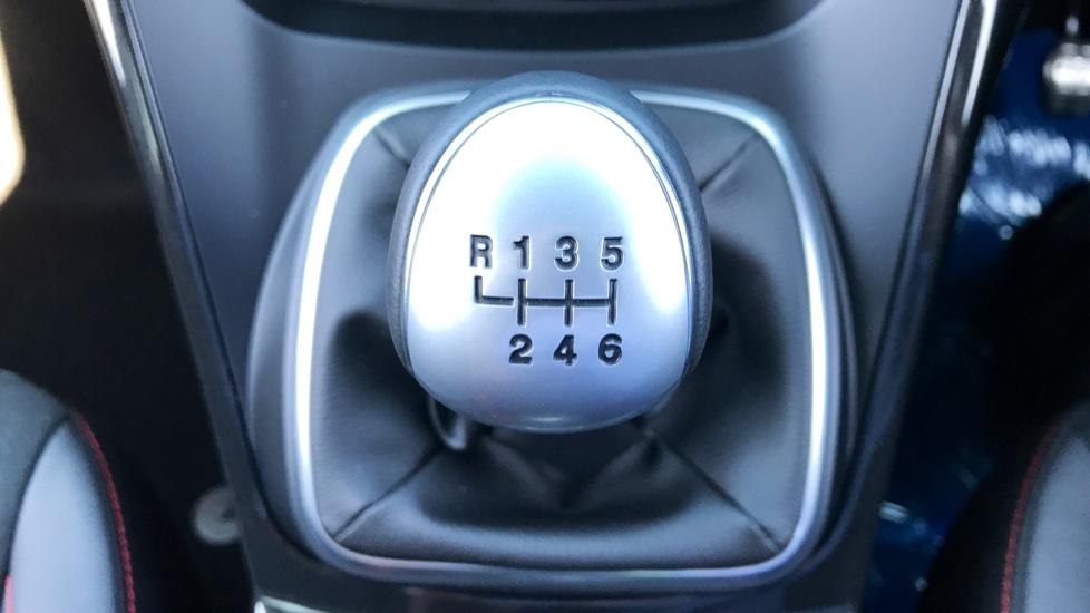 Ford Kuga 1.5 TDCi ST-Line 2WD image 15