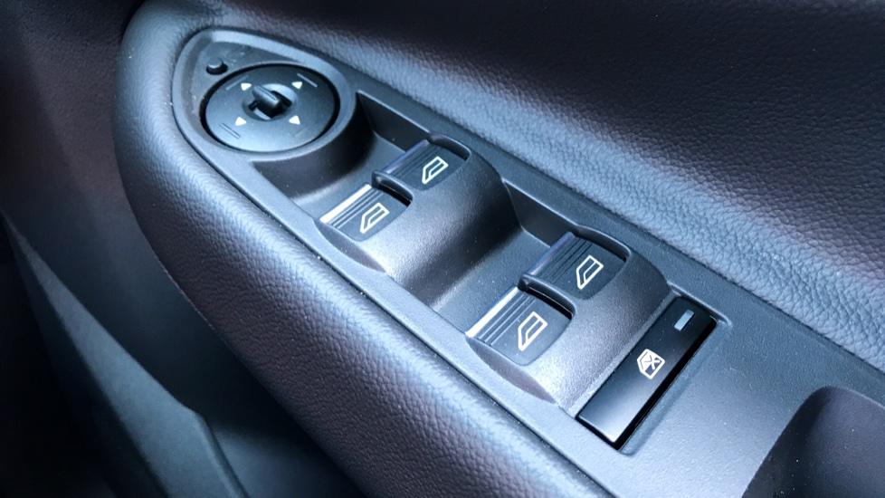Ford Kuga 1.5 TDCi ST-Line 2WD image 18