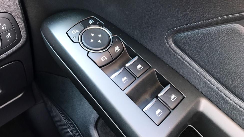 Ford Focus 1.0 EcoBoost 125 Titanium 5dr image 18