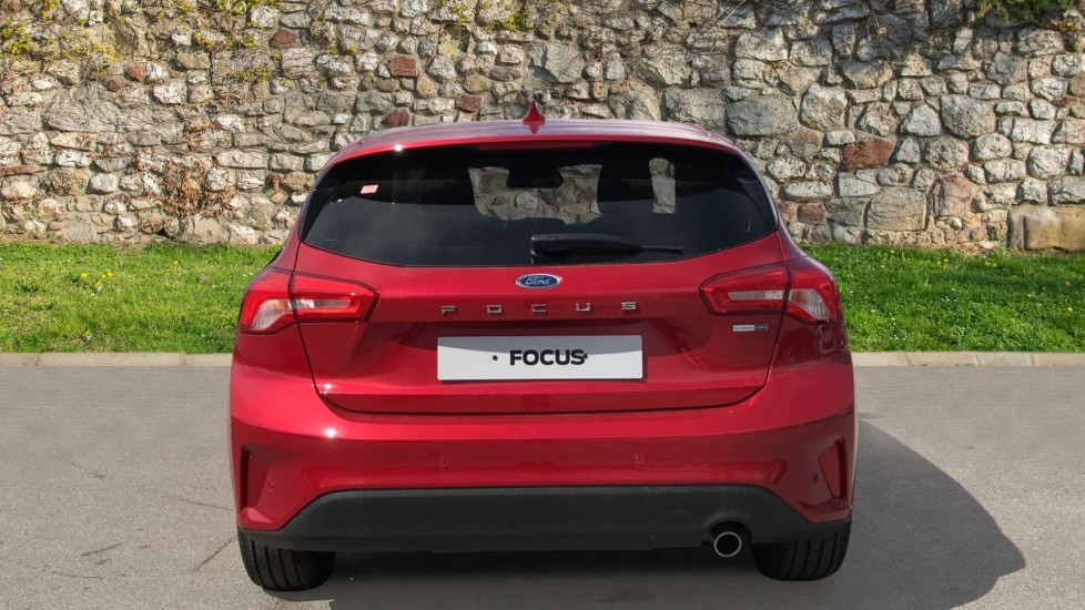 Ford Focus 1.0 EcoBoost Hybrid mHEV 125 Titanium X Ed 5dr image 6