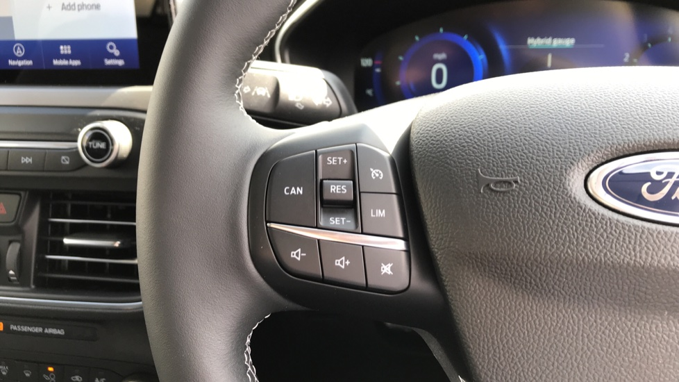 Ford Focus 1.0 EcoBoost Hybrid mHEV 125 Titanium X Ed 5dr image 18