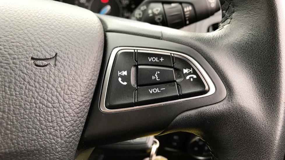 Ford Focus 1.0 EcoBoost Zetec [Nav] 5dr image 17